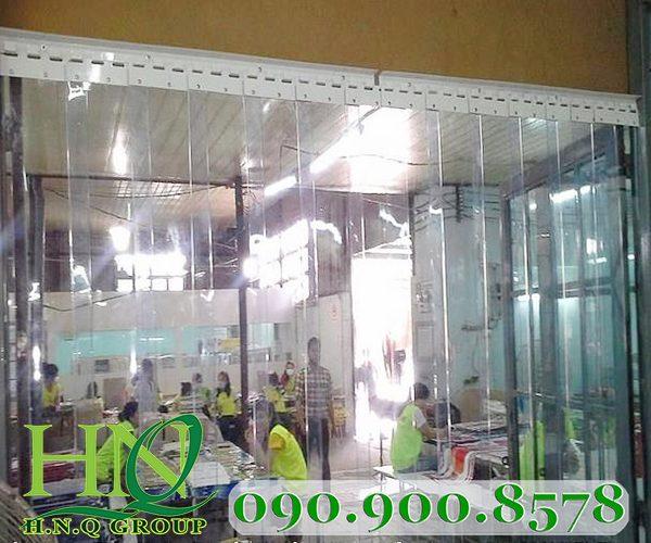 Màng film PVC làm vách ngăn nhà xưởng